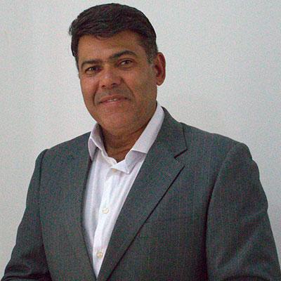 Carlos-machado-400